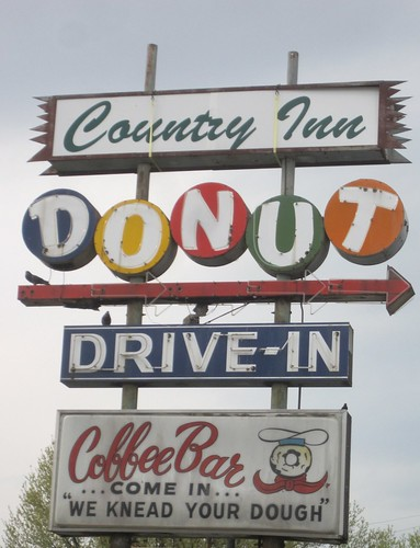 Country Inn Dount Drive-In | by Michael R. Allen