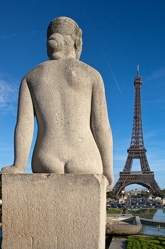 France - Paris - Tour Eiffel and statue | by Darrell Godliman