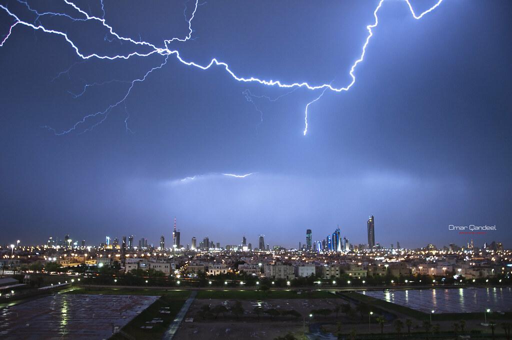 scary lightning kuwait city landscape lightening at night flickr
