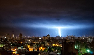 Rayos sobre Buenos Aires XIX - Lightnings over Buenos Aires XIX | by celta4