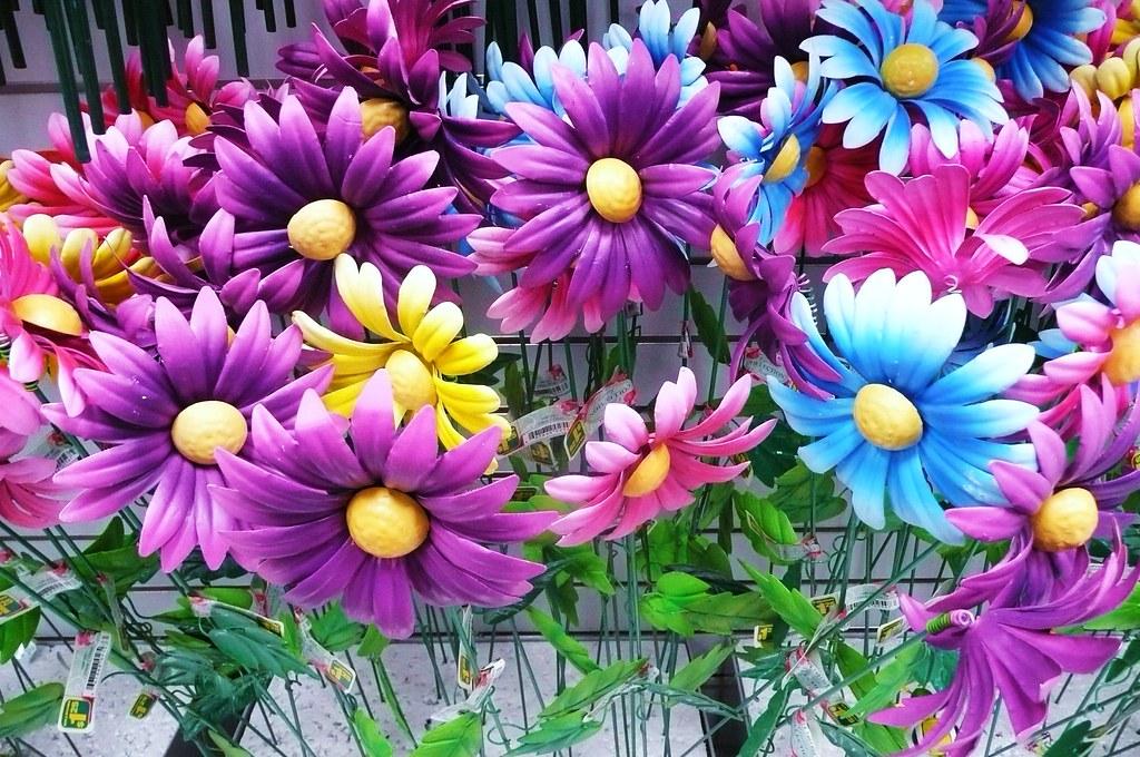 Metal garden flowers | rosalee3 | Flickr