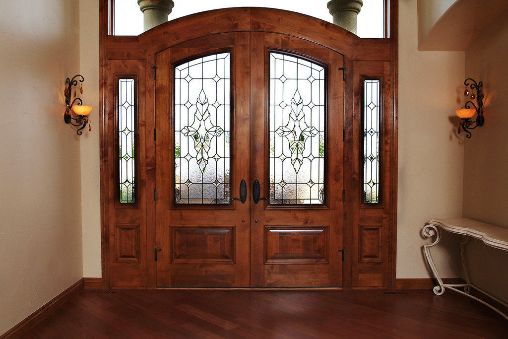 Entryway Stained Glass Double Doors Sidelights In Additi Flickr