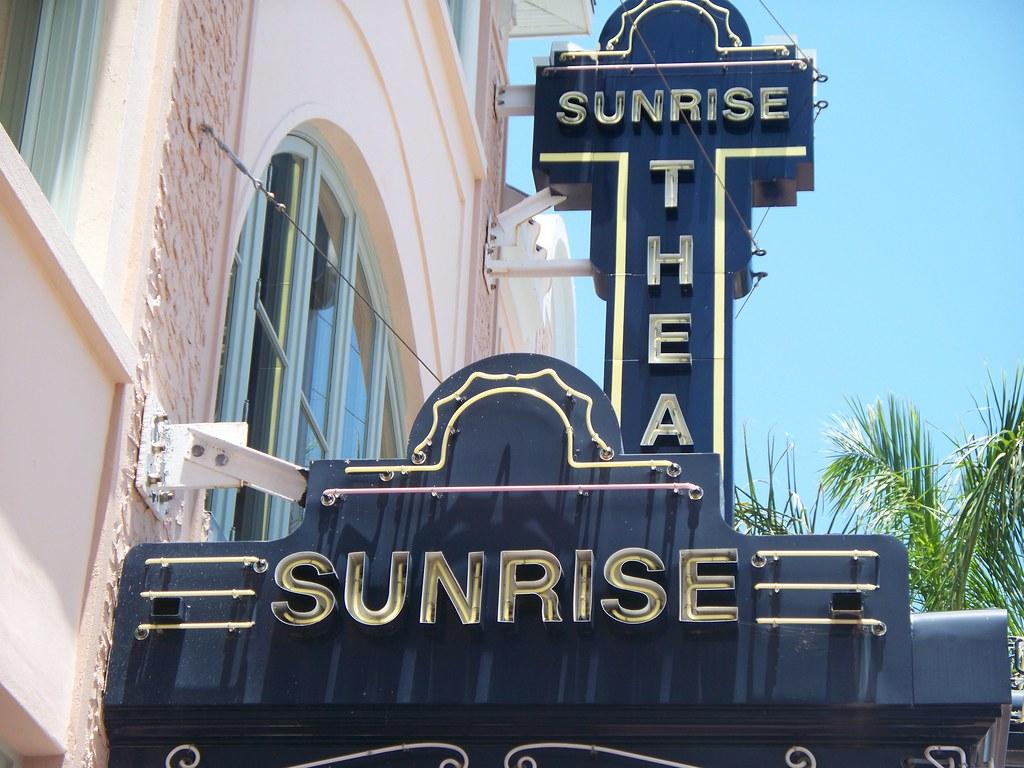 Sunrise theater in fort pierce fl