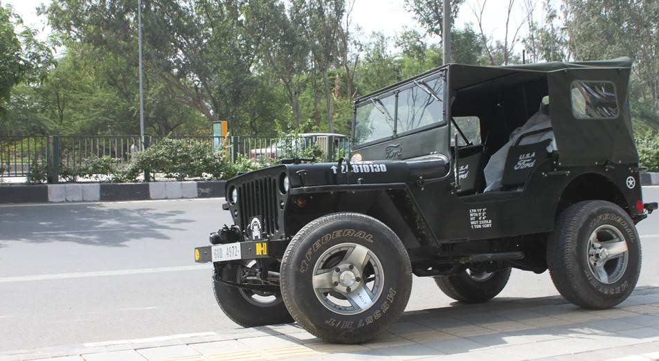Ford style modified Jeep | Vintage Auto World | Flickr