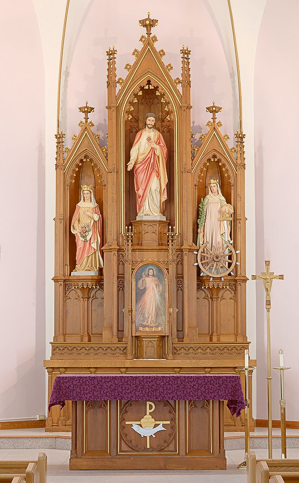 Awesome Wooden Altar Designs Home Pictures - Amazing Design Ideas ...