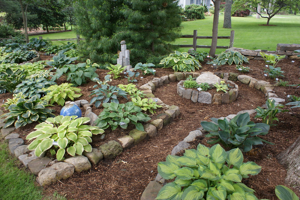 ... Hosta Garden Curved Stone Edging (3) | By KarlGercens.com GARDEN  LECTURES