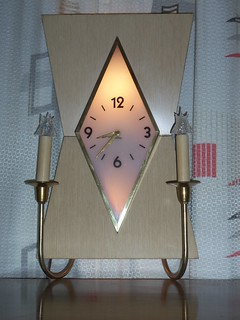 Diamond-shaped face, Blonde wood clock-lite | by Mad(Lamp)Man