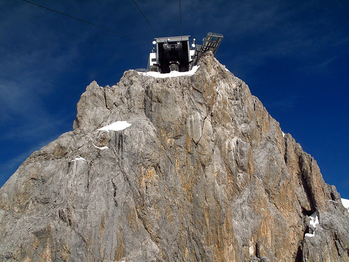 Already the ride with the Dachstein telepherique is very impressive! | by echumachenco