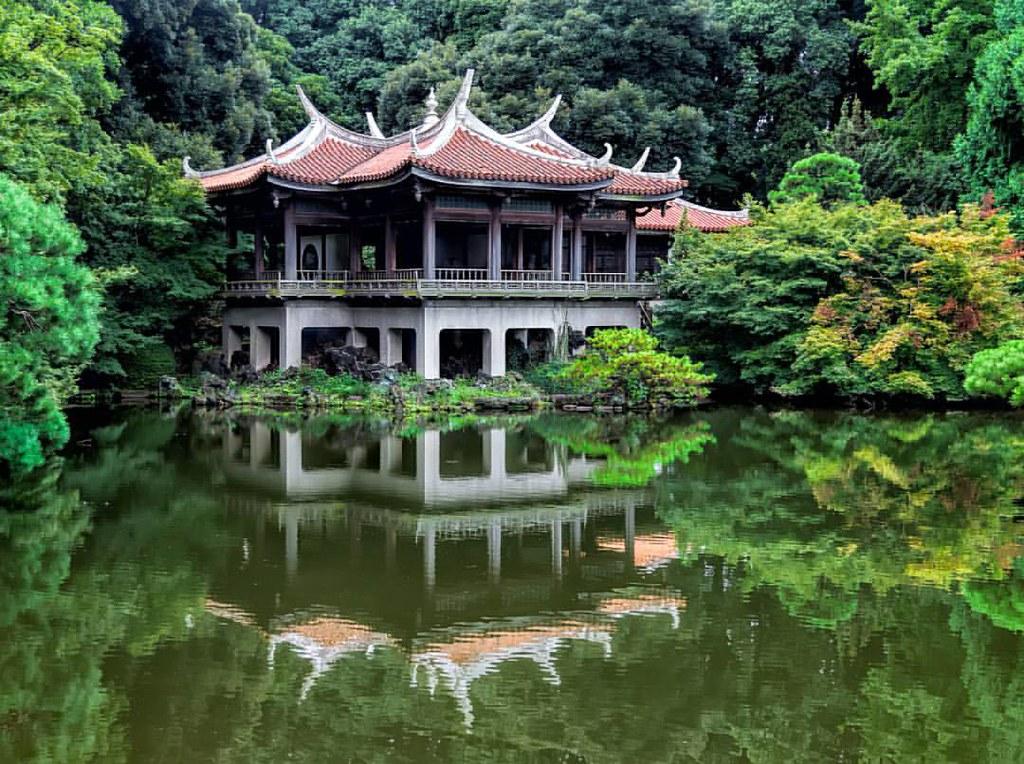 Taiwan Pavilion | Shinjuku-gyoen National Garden, Tokyo, J… | Flickr