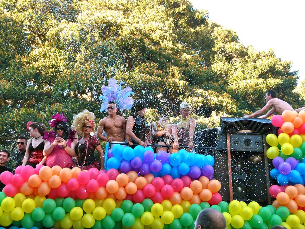 Resultado de imagen para Día internacional orgullo gay