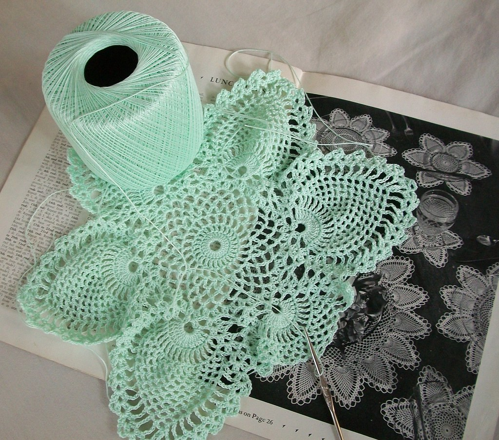 Contemporary Crochet Pineapple Doily Pattern Pictures - Easy Scarf ...