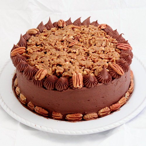 German Chocolate Cake | German chocolate cake with chocolate ...