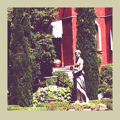 Statue in the Giusti Gardens | by rosewoodoil