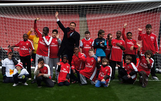 Jeremy Hunt and young sports players | by The Department for Culture, Media and Sport