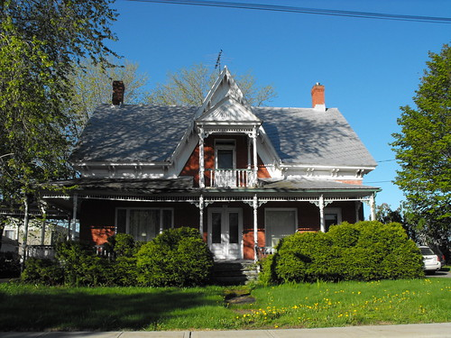 Nice old house in Rougemont, Qc | by pegase1972