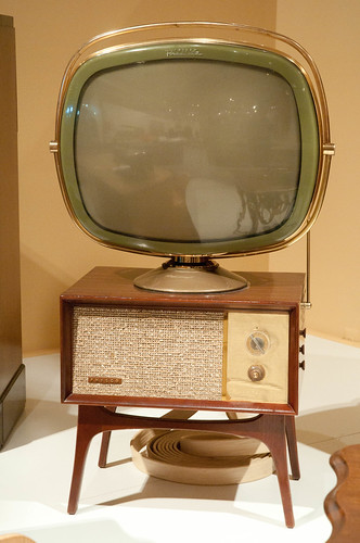 Old TV set | by onate photography