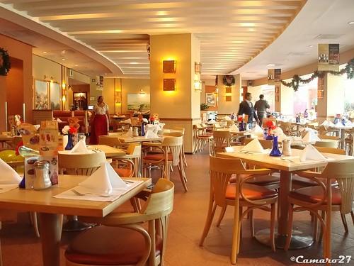 centro comercial multiplaza panamericana restaurante