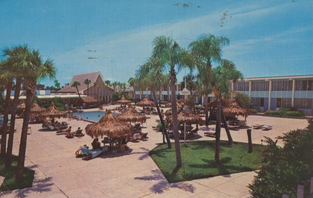 Bartke's Causeway Inn Beach Resort - Tampa, Florida