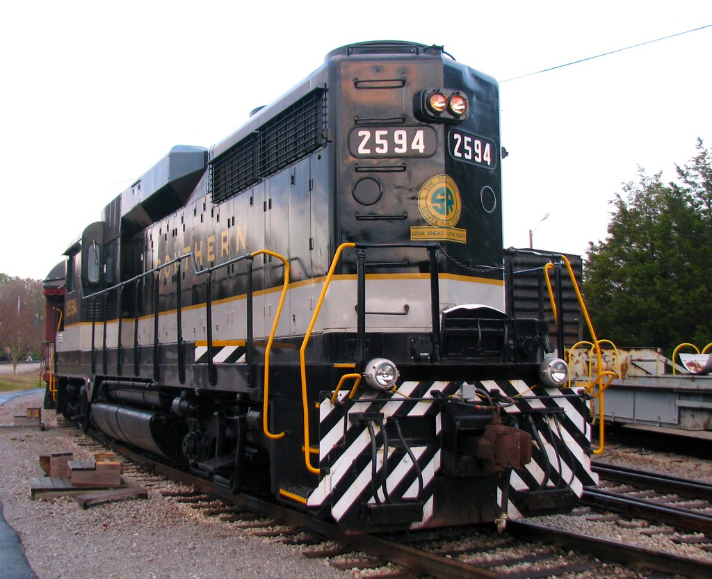 ... TVRR Museum's Southern #2594 is Ready to Pull a Dinner Train | by  bluerim