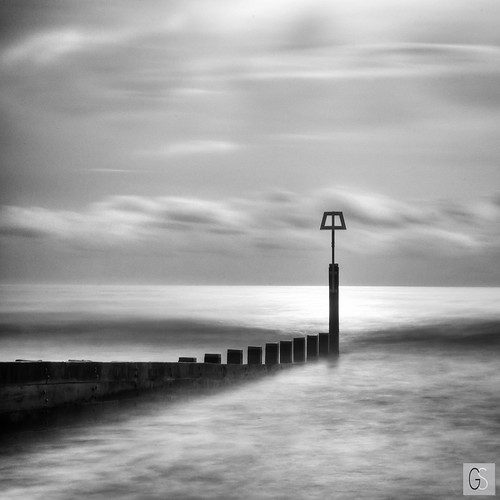 Groyne post | by Geoff Rs