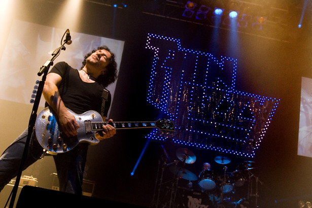 thin lizzy 21