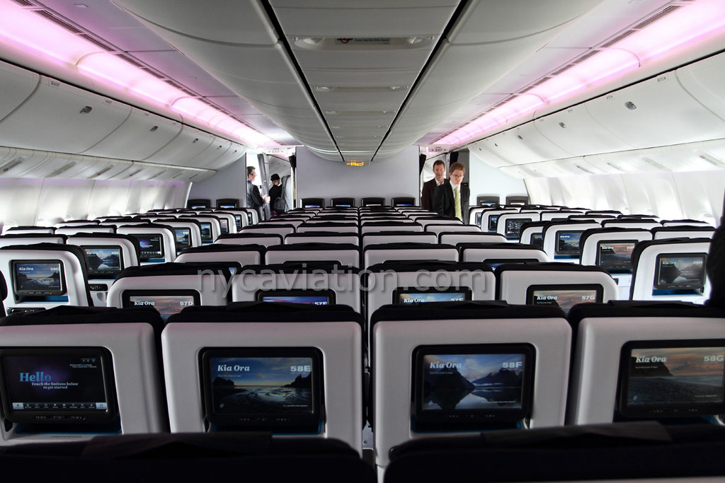 ... Air New Zealand Boeing 777 300ER Interior   By NYCAviation