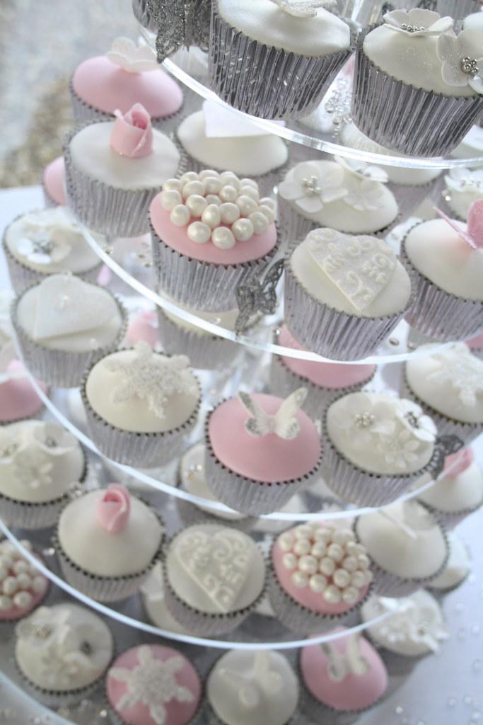 Winter wonderland wedding cupcakes | Tracy James | Flickr