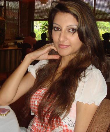 Sri Lankan Super Model Tharushis Cute Photos
