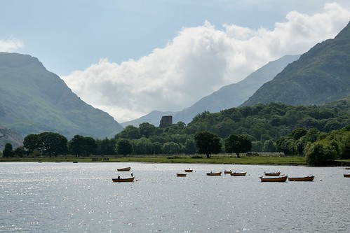 Llanberis and Dobadarn Castle | by mojacobs