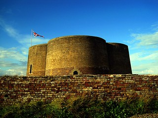 Fort Green Martello Tower, Aldeburgh, Suffolk | by Snapshooter46