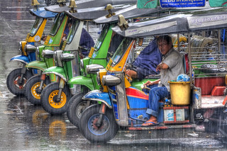 "HDR - Tuk tuks in the rain or, ""Have you got a light?"", Bangkok, Thailand 