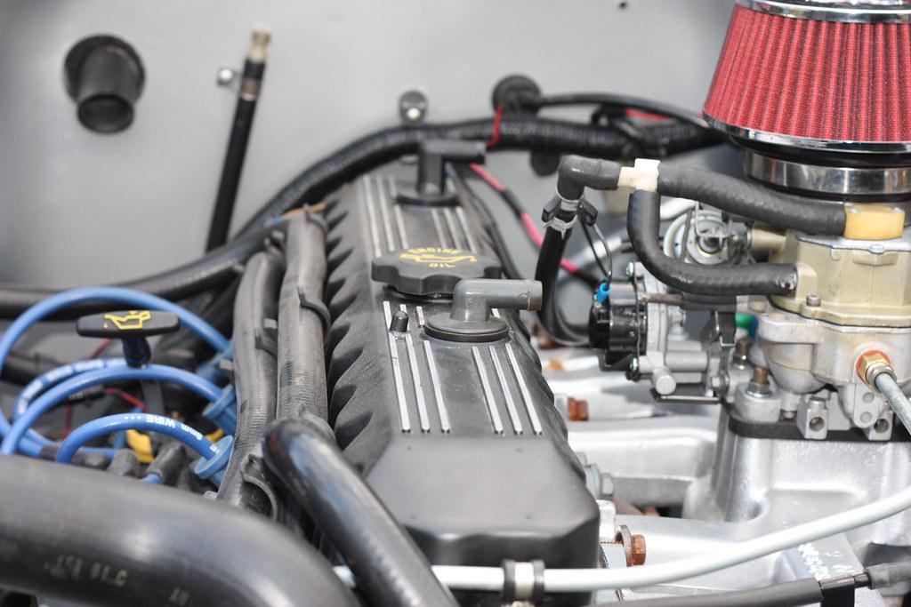Jeep straight 6 engine