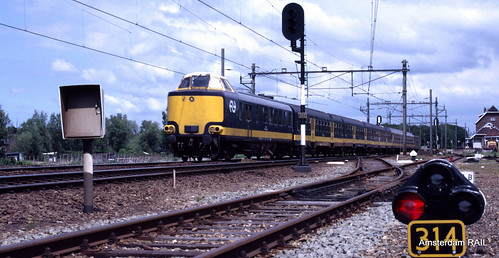Pushy Benelux train in Lisse (1986) | by Amsterdam RAIL