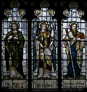 St Thomas; Angel; St Paul | by IanAWood