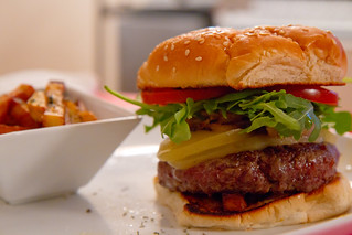Hamburger from Japan Premium Beef - New York-7408.jpg | by Spanish Hipster