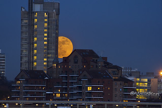 Perigee Moon rising on 19th March, 2011 over London. | by Queenofcalamity