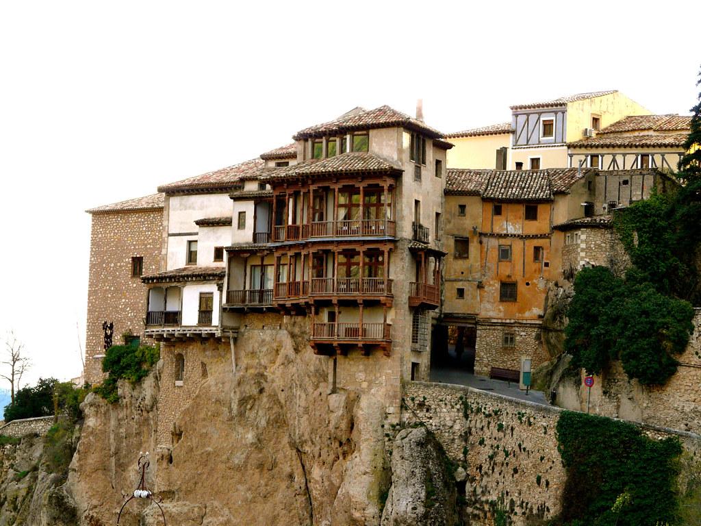 Las Casas Colgadas de Cuenca sobre el río Huécar