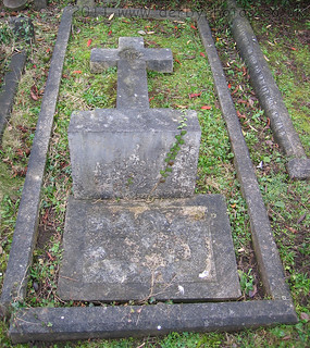 The grave of Andrew Handyside and wife Anastasia. | by comedyhunter