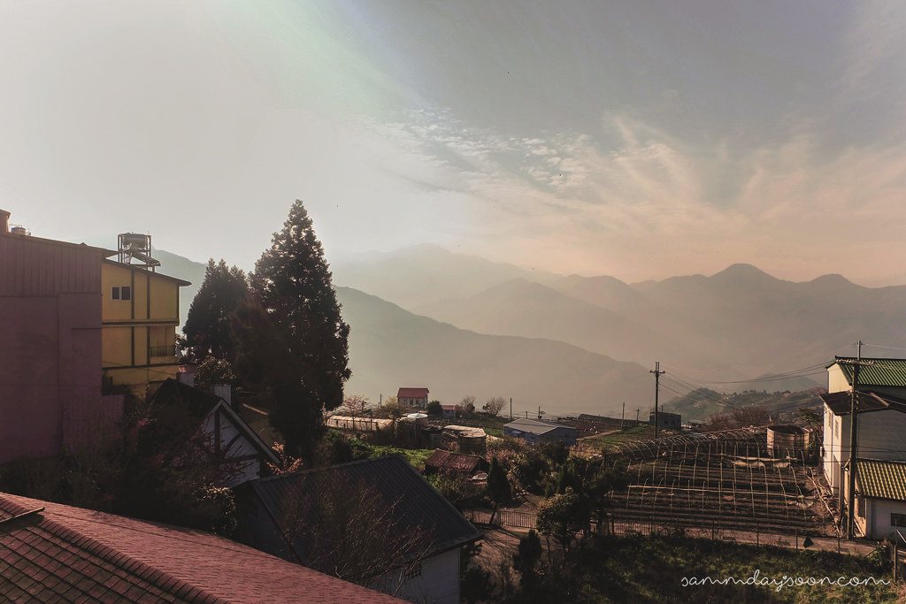 julies-garden-cingjing-balcony-view