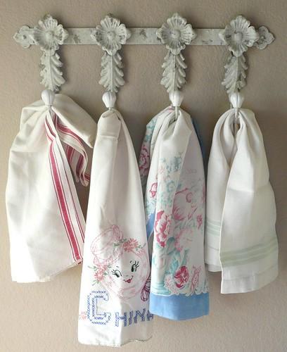 Vintage Towels: Some Of My Favorite Vintage Tea