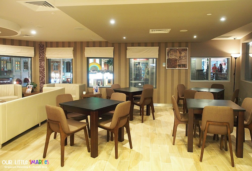 Kidzania Parents Lounge 1