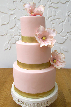 pink white and gold wedding cake pink and gold open wedding cake www 18599