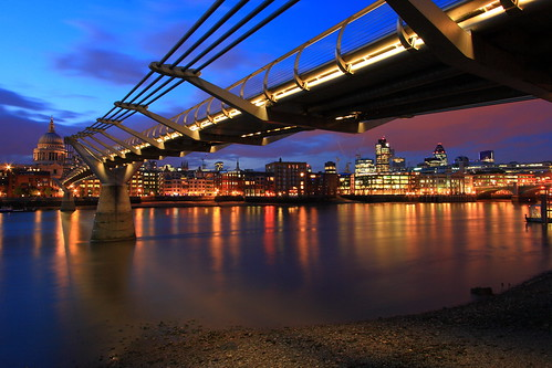 Buonanotte Londra / Goodnight London (Millennium Bridge, London, England) | by AndreaPucci