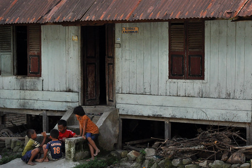 Children playing, Lake Toba | by Indo_girl2010