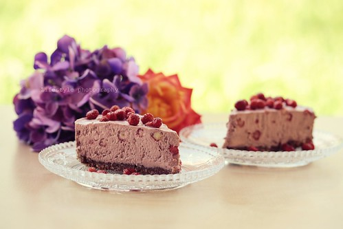 Raw wild strawberry cheesecake | by floridecires