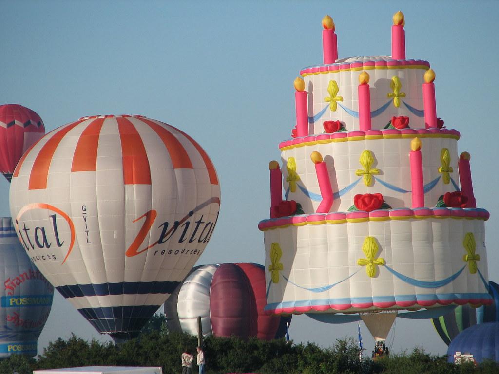 Excellent Birthday Cake Hot Air Balloon France The Cake Hot Air Ball Flickr Funny Birthday Cards Online Necthendildamsfinfo