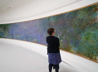 "Claude Monet, ""Les Nymphéas,"" Matin with Viewer 