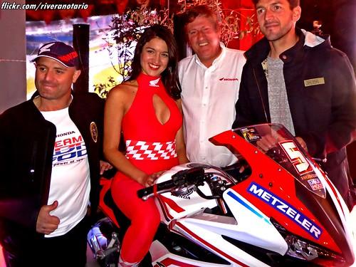 Paloma Fuentes | Lanzamiento Categoría Moto5 de Honda CBR500RR en Chile