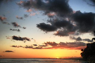 Sunset at Waikiki Beach in Hawaii | by ` Toshio '