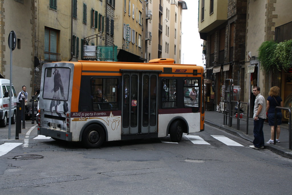 Electric mini-bus in Florence